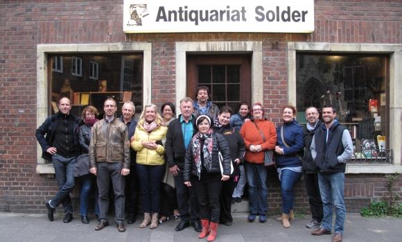 Bei der Krimi-Quiztour quer durch Münster wandelten die Forumsteilnehmer auf den Spuren von Fernseh-Detektiv Wilsberg.