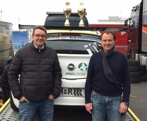 Das Rennsport-Team S&W racing von absatzplus: Stephan Wolff (l) und Joachim Schulz.
