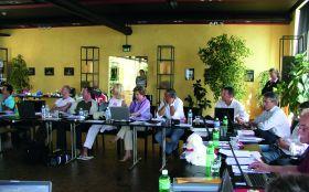 Arbeitstreffen und Betriebsbesichtigungen sind fester Bestandteil der Meetings.