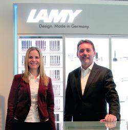 Myriam Bohr, Marketing-Services/Medien, und Frank Dangmann, Bereichsleiter Promotion Produkte.