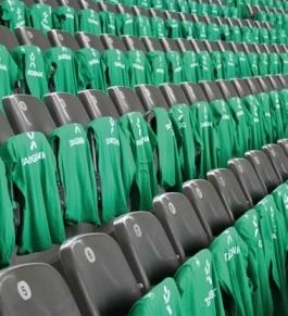20.000 T-Shirts wurden vor dem Pokalfinale 2009 für die Fans von Werder Bremen im Berliner Olympiastadion verteilt.