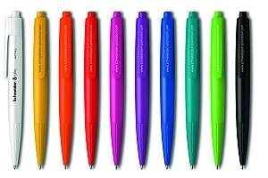 Das Expressmodell Like aus opakem oder transparentem Kunststoff ist in 22 Farben individuell kombinierbar. Die Lieferung erfolgt innerhalb von sechs Arbeitstagen nach Freigabe des Korrekturabzugs.