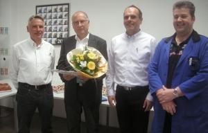 V.l.: Jürgen Riedel (Ritter Pen-Geschäftsführer), Helmut Lösel, Arno Ritter (Geschäftsführender Inhaber) und Georg Hörr (Betriebsratsvorsitzender).