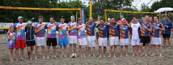 """Im Finale traten die Teams """"Langenberg 100"""" und """"Print Stars"""" gegeneinander an."""