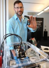 Ein gläserner 3D-Drucker gehörte zu den Live-Präsentationen vor Ort.