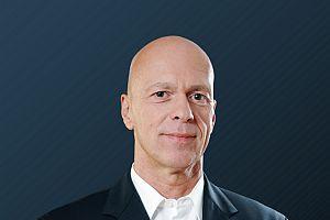 ThomasKamrath mitHG vorschau 1 - Bofa verstärkt Vertrieb