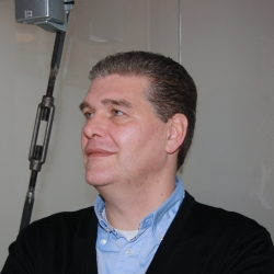 """Lutz Nebelin - """"3D schlägt 2D um Längen"""""""