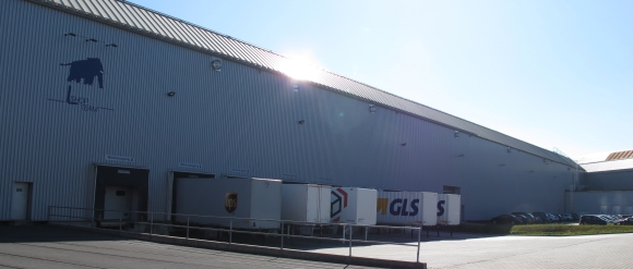l_shop_team_lagerhalle_580x247