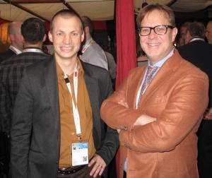 Axel Debruyne (l) mit dem scheidenden BAPP-Vorsitzenden Michel Van Bavel auf der PSI-Messe 2015.
