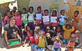 Afrikaans kids mbw 580x302 320x202 - Fare unterstützt Projekt in Namibia