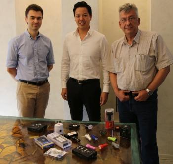 V.l.: Maksim Makarov (Project 111), James Ung (BrandCharger) und Yura Khanin (Project 111).