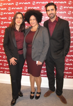 V.l.: Die FYVAR-Verbandssekretärinnen Cristina Pérez und Perla Mesa mit Daniel Pérez, Multimedia-Manager bei FYVAR.