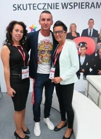 Die OOH magazine-Repräsentanten (v.l.): Katarzyna Lipska-Konieczko (Redaktion), CEO Robert Zatupski und Chairman of the Board Beata Jankowska.