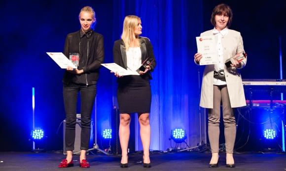 Die Gewinnerinnen in der Kategorie Werbeartikelneuheit 2016 (v.l.): Kim Eberle (DerGugl), Bettina Rohatsch (Prodir Austria) und Anna-Maria Dietz (Bags by Riedle).