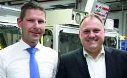 """Senator Jeschonowski Schneider - Daniel Jeschonowski und Ralf Uwe Schneider, Senator: """"Wir wollen ein großer Spieler im Markt bleiben"""""""