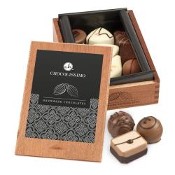 Holzkaestchen - MM Brown wird Teil von Gudrun Chocolate