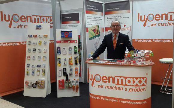 Lupenmaxx Foto Messestand   Max Speth 580 - Lupenmaxx: 10 Jahre Werbelupen & mehr
