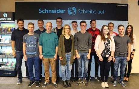Schneider: Neue Azubis und Studenten