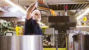 Maschinenführer Kunststoff Verarbeitung - Innique AG: Durstig nach Innovation