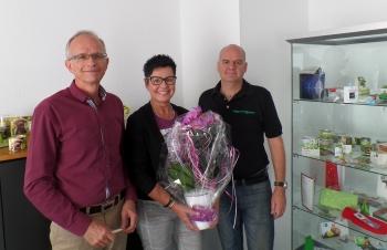 heri mitarbeiterin - Heri-Rigoni ehrt Mitarbeiterin