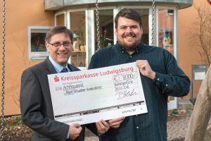 IMG 2884 - Jung: Spende an Albert-Schweitzer-Kinderdorf