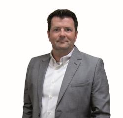 Stefan Bockting - B&W Media-Service: Verstärkung