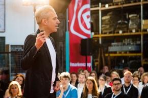 Markencamp Vortrag1 290x192 - Markencamp 2018: Networking-Event für Markenmacher