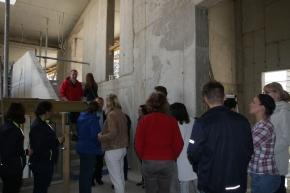 fare richtfest2 - Fare: Richtfest für neues Gebäude