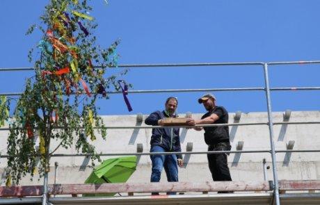 Fare: Richtfest für neues Gebäude