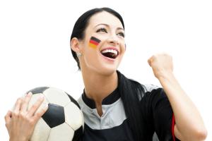 iStock andresr - WM-Studie: Hohe Kaufbereitschaft bei Fanartikeln