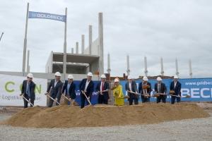 New Wave: Spatenstich für neues Logistik-Zentrum