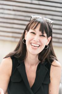 Daniela Gottenoef - Mahlwerck: Mitarbeiterin feiert zehnjähriges Betriebsjubiläum