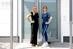 cyberwear mitarbeiterneu - Neue Mitarbeiterinnen bei cyber-Wear