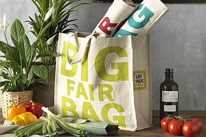 PFConcept FAIRFORWARD BigFairBag - PF Concept: Partnerschaft mit FairForward