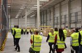 New Wave eröffnet neues Logistikzentrum