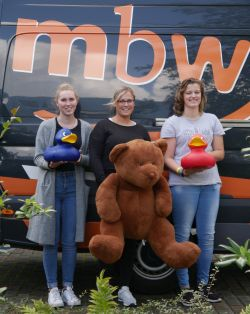 mbw - mbw: Neue Auszubildende